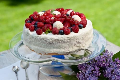 Vanilková torta s ovocím
